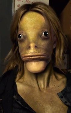 """Folterseele is a frog-like Wesen that only woge as a defense mechanism when someone is sexually attracted to them. First seen in season four's episode """"Heartbreakers."""""""