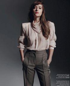 New outtake of Dakota for November issue. Dakota Johnson Style, Dakota Mayi Johnson, Fashion Shoot, Fashion Models, Rockabilly, Cristian Grey, Rock And Roll, Indie, Ana Steele