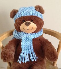 """Build a Bear Scarf and Hat set pattern by Jacqueline Gibb A very easy, quick to knit hat and scarf set for a plush Build a Bear or teddy of a similar size. The scarf is ribbed and frimged and the hat has """"ear-holes"""" Diy Teddy Bear, Knitted Teddy Bear, Teddy Bear Clothes, Crochet Teddy, Crochet Bear, Bear Toy, Teddy Bears, Knitting Bear, Teddy Bear Knitting Pattern"""