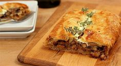 Make Your Own Goat Cheese for Goat Cheese, Sausage and Mushroom Wellington FROM Creative Culinary Pizza Recipes, Cooking Recipes, Healthy Recipes, Homemade Goats Cheese, Goat Cheese, Cheese Sausage, Dinner Entrees, Appetizer Dips, Wrap Sandwiches