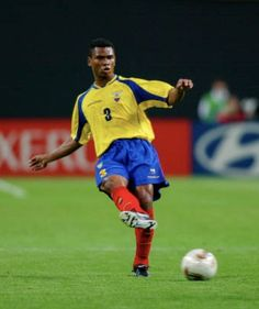 Ivan Hurtado of Ecuador in action at the 2002 World Cup Finals. 2002 World Cup, Basketball Court, Soccer, World Cup Final, Ecuador, Finals, Action, Sports, Hs Sports