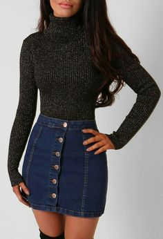 Nice 45 Stylish Denim Skirt Outfits Ideas To Makes You Look Stunning Blue Denim Skirt Outfit, Button Up Skirt Outfit, Button Up Skirts, Autumn Skirt Outfit, Denim Skirt Winter, Skort Outfit, Cute Skirt Outfits, Autumn Dresses, Fall Skirts