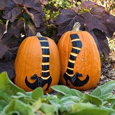 Don't carve your pumpkins paint them! So doing this! Have you seen the price of pumpkin at the stores?!?!
