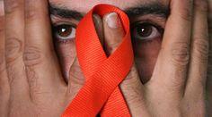 """2013 - 23 de Mayo - A 30 años del descubrimiento del VIH los científicos hablan de erradicación - París (Agencias). Hace 30 años, en mayo de 1983, un equipo del Instituto Pasteur de Francia, liderado por Luc Montagnier, logró aislar el VIH. Hoy, los científicos hablan de una erradicación.    Durante el simposio """"30 años de ciencia del VIH, imagina el futuro"""", el estadounidense Robert Gallo –quien un año después del descubrimiento de Montagnier encontró la relación entre el virus y el sida."""