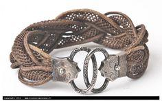 bracelet  de deuil en cheveux tressés, fermoir en argent