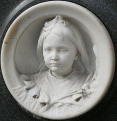 Sad, yes....but how loved little Marie was and now forever remembered.  Petite Marie, Père Lachaise cemetery, Paris Cemetery Monuments, Cemetery Statues, Cemetery Headstones, Old Cemeteries, Cemetery Art, Graveyards, Cemetery Angels, Père Lachaise Cemetery, La Danse Macabre