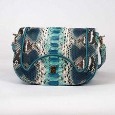 Medium size cross-bag. Handmade in Italy in genuine python leather