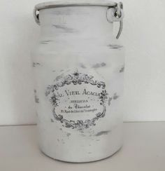 Shabbychic. Vintagepaint. Chalkpaint. Frenchstyle