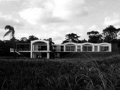 Casa Berlingieri. Antoni Bonet Castellana. Punta Ballena. Uruguay. 1945