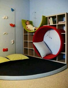 9 Things You Should Consider When Buying Kids Bedroom Furniture Sets - Zoom Room Design Tree Bookshelf, Bookshelf Ideas, Bookshelf Headboard, Creative Bookshelves, Library Bookshelves, Kids Book Shelves, Tree Shelf, Bookshelf Design, Headboard Ideas