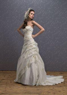 "robe de mariée PRONUPTIA collection 2009 ""DELICIEUSE"""