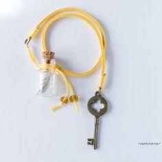 Bookmark mini-bottle feather & key-Status: sold.