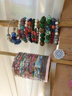 des cadeaux à offrir. .. Bangles, Jewelry, Fimo, Polymer Clay Jewelry, Gifts, Birthday, Bracelets, Jewlery, Bijoux