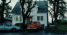 You Can Now Rent Bella Swan S House From Twilight On Airbnb Twilight Twilight Pictures Bella Swan