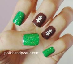 Score Big with Superbowl Fan-icures : Sweet and Simple