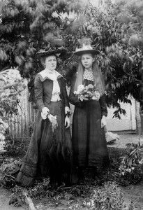 Christmas card featuring Else and Hulda Lundager, Mt. Morgan, Queensland, undated