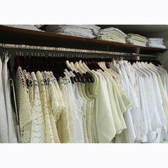 Los colores claros dan frescura a la hora de vestirse #GriseldaTovar #Moda #Mujeres
