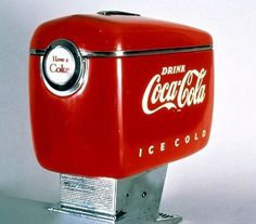 Coca-Cola dispenser designed by Raymond Loewy in Raymond Loewy, Retro Design, Icon Design, Modern Design, Graphic Design, Streamline Moderne, Design Research, Consumer Products, Coke