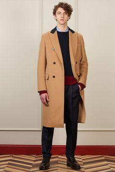 Trazer o clássico de volta ao guarda roupas masculino: este foi o objetivo de Tommy Hilfiger em sua coleção masculina de outono-inverno 2016/17.