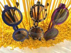 Sonnenbrillen von WOOW sind eine tolle, modische Alternative zum Mainstream Round Sunglasses, Snapchat, Sunglasses, Amazing, Round Frame Sunglasses