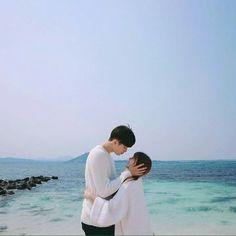 Kpop Couples, Anime Couples, Cute Couples Goals, Couple Goals, Cute Korean, Korean Girl, Korean Couple, Ulzzang Couple, Couple Aesthetic