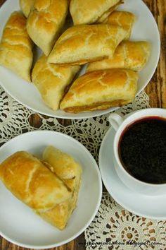 moje pasje - paszteciki do barszczu I Love Food, Good Food, Yummy Food, Bolivian Food, Xmas Food, Polish Recipes, Everyday Food, Holiday Recipes, Food And Drink