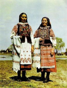 Europe | Portrait of two women wearing traditional clothes, Belarus #embroidery