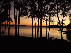 Mooresville, NC : Just another gorgeous sunset over Lake Norman from my home in Mooresville, NC