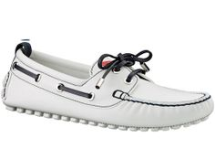 Louis Vuitton Cup 2012 Collection- Boat Shoes Although these are not Iowa-ready. Me Too Shoes, Men's Shoes, Dress Shoes, Louis Vuitton Men Shoes, Shoe Bin, Modern Gentleman, Beach Shoes, Pretty Shoes, Shoe Collection