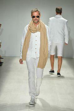 WHITNEY LINEN SS 2014 | Toronto World MasterCard Fashion Week