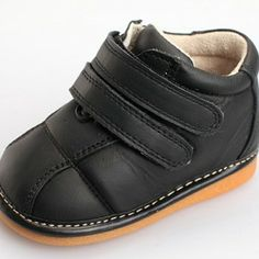 """Super funky Freycoo """"Joel"""" genuine leather toddler boys boot in Black.  Winter boots be5acb9c9635"""