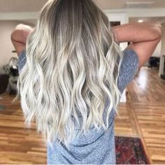Blonde Balayage Hairstyle Ideas (60)