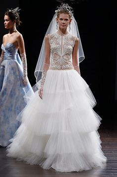 Stunning wedding dress from the Naeem Khan Spring 2016 Bridal Collection.