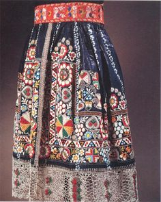 Czech folk embroidery