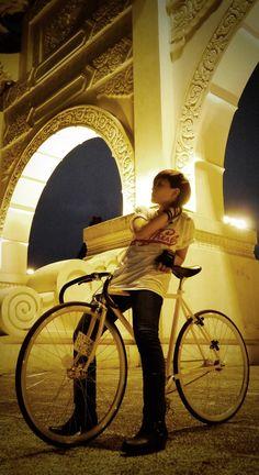FIXED GEAR GIRL TAIWAN: FGGT Etta X get fresh T