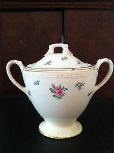 Homer Laughlin covered sugar bowl