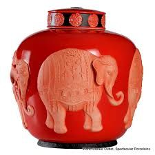 I am completely mad about the entire collection of french designer Jean Boggio or Franz. Jenna, thanks for turning me on to this! Delta Girl, Charming House, Coral Orange, Ginger Jars, Accent Decor, Perfume Bottles, Elephant, Vase, Gifts