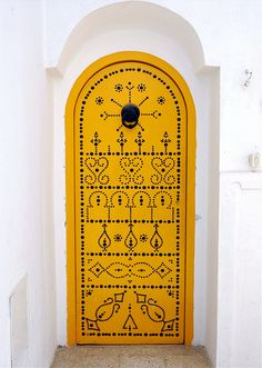Africa | 'Yellow Door'. Hammamet. Tunisia. ©  Mohannad Khatib
