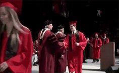 Este graduado universitario que probablemente no está preparado para el mundo real. | 38 fracasos épicos que te harán sentirte mejor contigo mismo