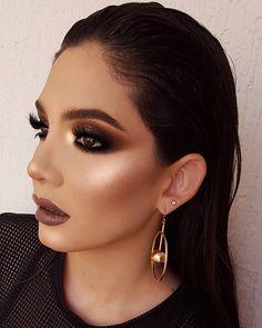 ESTE LOOK LO REALIZE EN EL VÍDEO EN VIVO. ¡ME ENCANTÓ! ❤ ¿A TI TAMBIÉN? ____ #makeup #maquillaje #mua #makeupartist #makeupjunkie… Eye Makeup, Glam Makeup, Kiss Makeup, Bridal Makeup, Makeup Art, Makeup Inspo, Wedding Makeup, Beauty Makeup, Huda Beauty