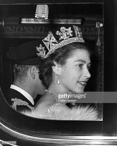 The Queen and the Duke of Edinburgh leave Buckingham Palace on their way to the Houses of Parliament for the Queen to perform the first State Opening Ceremony of her reign. Get premium, high resolution news photos at Getty Images Princess Alice, Real Princess, Princess Margaret, Princess Diana, Queen Mary, Queen Elizabeth Ii, King Queen, Royal Diamond, Royal Tiaras