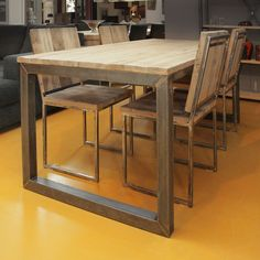 Oud eiken eettafel industrieel Furniture, Diy Dining Room, Bar Table, Interior, Coffee Table Wood, Table, Diy Dining Room Table, Dining Room Table, Home And Living