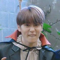 Jaehyun Nct, Taeyong, Nct 127, Pre Debut, Funny Kpop Memes, Valentines For Boys, Jung Jaehyun, Jung Woo, Mark Lee