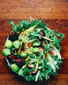fig and pear salad with vanilla bean vinaigrette // brooklyn supper