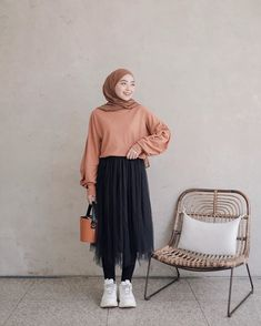 Modern Hijab Fashion, Hijab Fashion Inspiration, Muslim Fashion, Minimal Fashion, Korean Fashion, Casual Hijab Outfit, Hijab Chic, Casual Outfits, Fashion Outfits