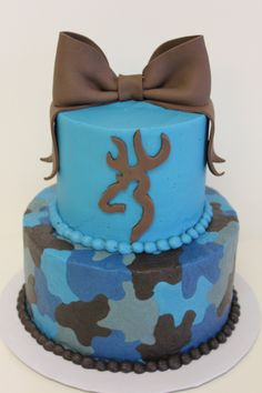 - Browning cake with buttercream camo.
