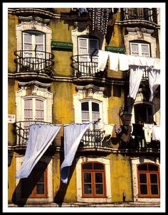 1984 Washing day in Lisbon - Lisbon, Lisboa