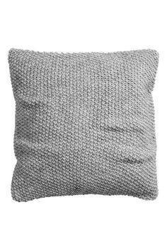 Вязаный чехол на подушку | H&M