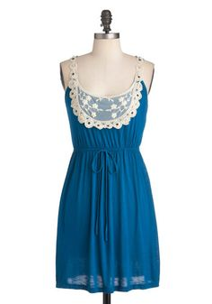 My girlfriend Kate would love this dress, I might get it for her it seems like a good bargain price.