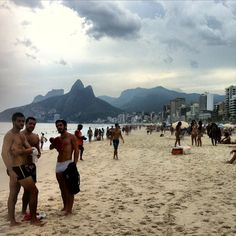 Today I spent the day at the beach with Nico a very friendly guy from Switzerland that I meet at the Hostel. The sun was not shining but It felt so good to relax and enjoy in front of the ocean. This spot was great and not so crowded. #Beach #Ipanema #Brazil #Praia #RioDeJaneiro #BeautifulPlaces #awesomeearth #earthpic #natgeopic #natgeotravelpic #bpmag #travel #travelawesome #lifeisamazing #travellers #teamtraveller #nature #wildnessculture